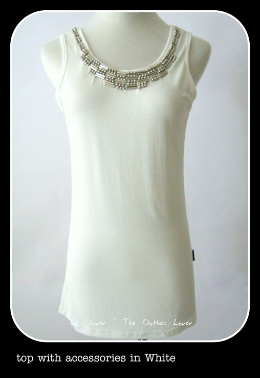 Top with accessories in White