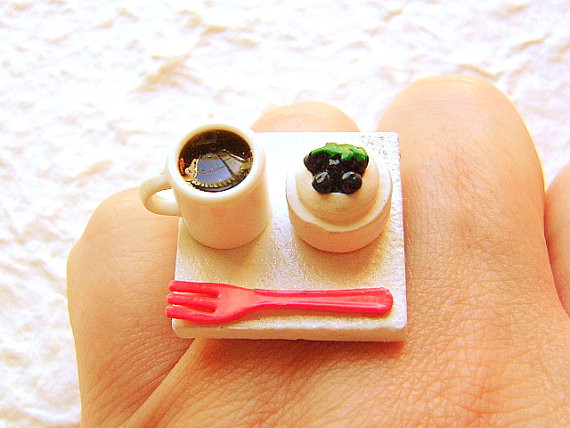 Coffee &amp; Cheesecake Ring - USD 12.5