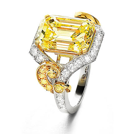 Yellow Diamond Solitaire