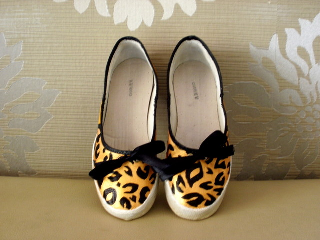 &quot;Lola&quot; Flats in Leopard Print - MYR 62