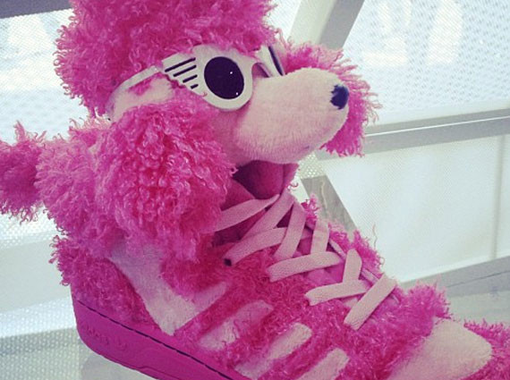 Poodle sneaker ~ so fluffy!!