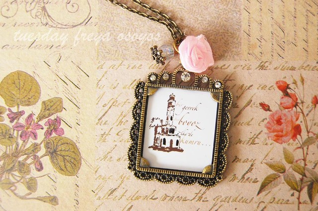 Memory necklace - a vintage personalized necklace - USD 14