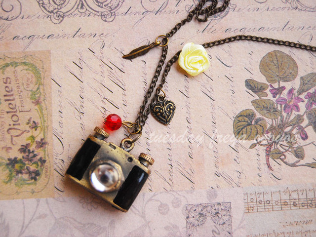 Keepsake photos - a camera locket necklace - USD 14