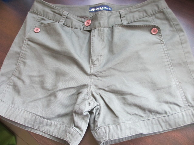 Hangten Basic Shorts - SGD 15