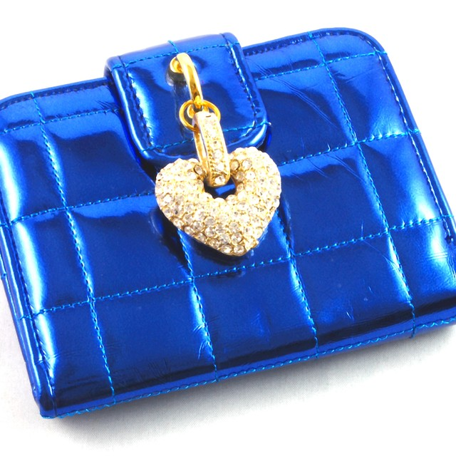 $23.90 - Card Holder- Crystal Heart Design - SGD $23.90