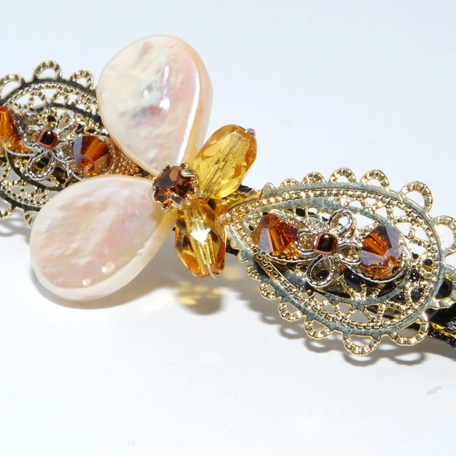 $17.90 - Vintage Butterfly Design Hair Clip - SGD $17.90
