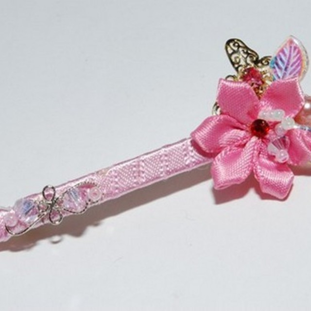 $13.90 - Korean Design Hair Clip Pink Flower Design - SGD $13.90
