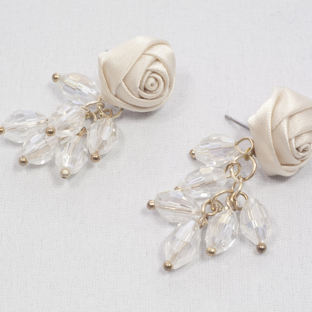 $13.90 - Earrings With Rose And Crystal Design - SGD $13.90