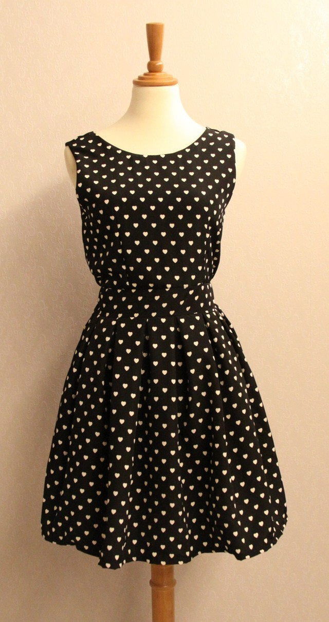 PURLEY HEARTED PRINTED DRESS - SGD $24.90